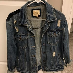 Forever 21 womens jean jacket size L
